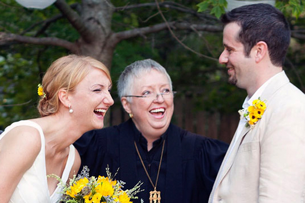 How To Have A Personalized Wedding - Know Your Officiant