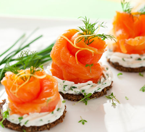 Living Coral Wedding Ideas - Salmon Hors D'oeuvre